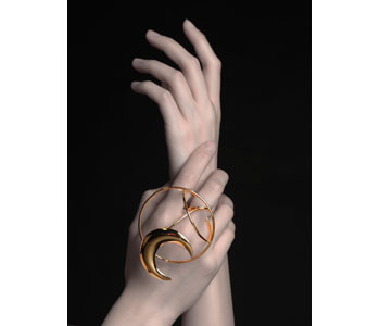 Dancing On My Own - kinetic ring